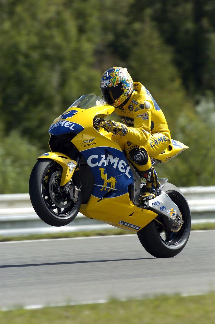 Alex barros camel honda pons 2004 motogp