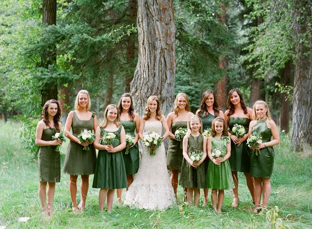 Green Bridesmaids Dresses by Carrie Patterson #bridesmaidsfashion #greenbridesmaids