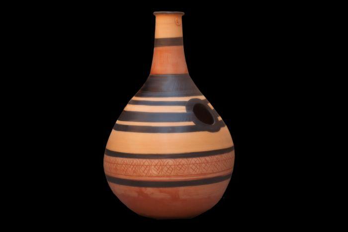 Udu Drum :strumento a percussione in terracotta