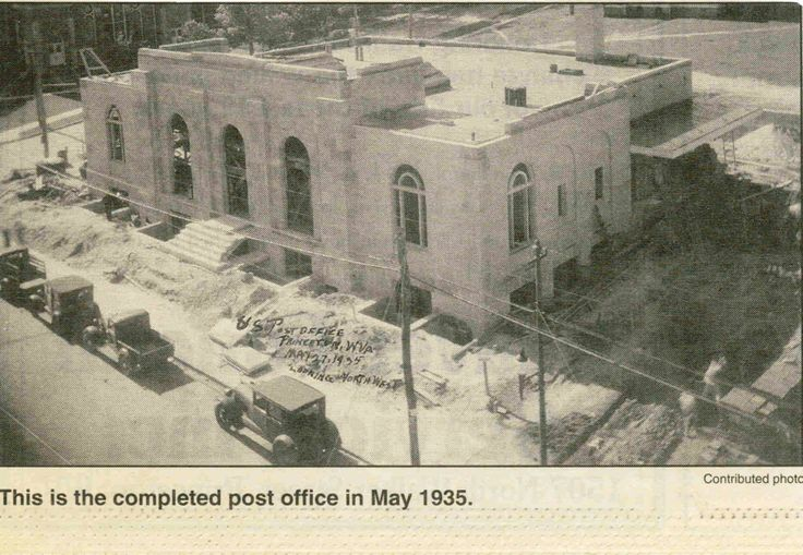 Princeton, West Virginia, Post office May 1935 . . . now serving as the new library space . .