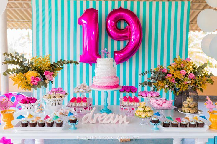 festa de 19 anos da carol                                                                                                                                                                                 Mais