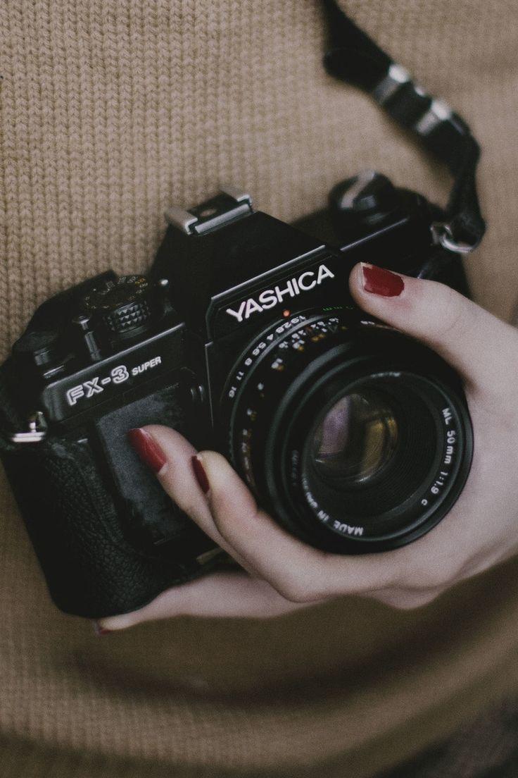 camera, dslr, hand