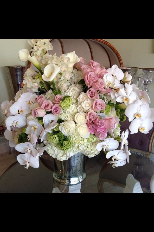 15 best images about flower arrangements on pinterest for Pink and blue flower arrangements