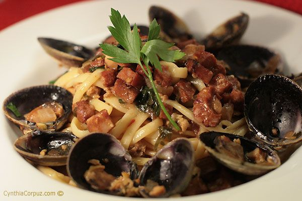 Sausage and clam pasta | EAT ME! | Pinterest