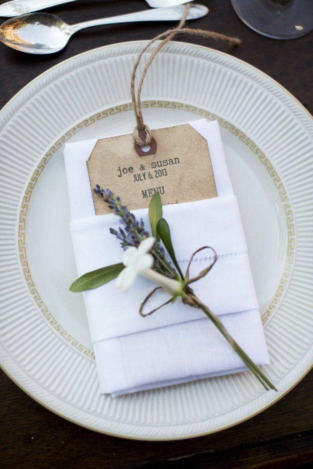 pliage de serviettes pour mariage: pochette et déco super chic