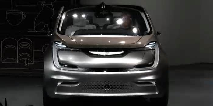 17 Innovative Features In Fiat Chrysler\'s New Electric Minivan Concept