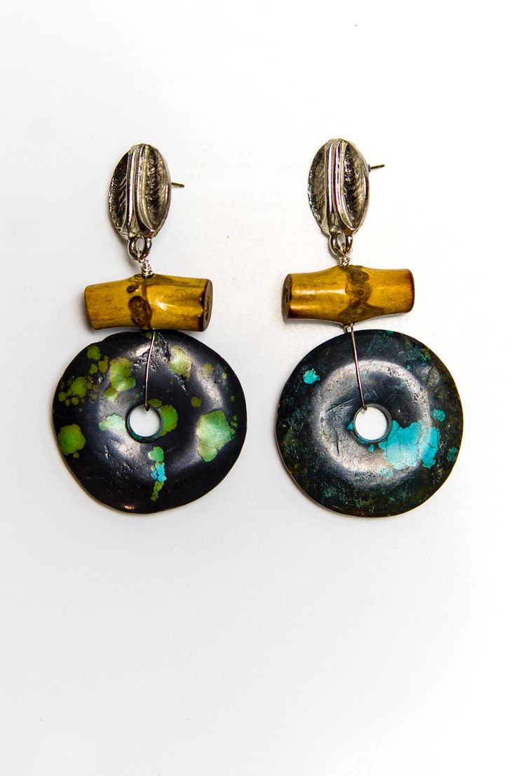 Beautiful Black And Turquoise Dangling Earring