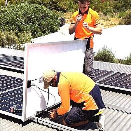 || MC4 LEAD CONNECTION || Normanville SA  #solarlab #solar #installation #solarpv #solarinstall #panels #install #quality #adelaide #SA #southaustralia #smallbusiness #business #localbusiness #renewableenergy #energy #batterystorage #inverter #solarcutters #sun #sunshine #weather #gosolar #makinginstallseasy #environment #safetyfirst #isolator #beachviews #coastalwork #southcoast