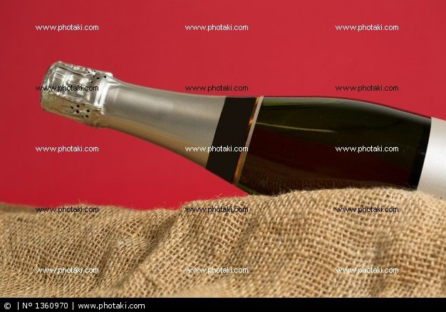 http://www.photaki.com/picture-champagne-bottle_1360970.htm