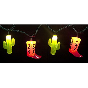 Our 14 foot long strand of lights features ten boot and cactus light covers which are great for fiesta evenings on decks and patios.