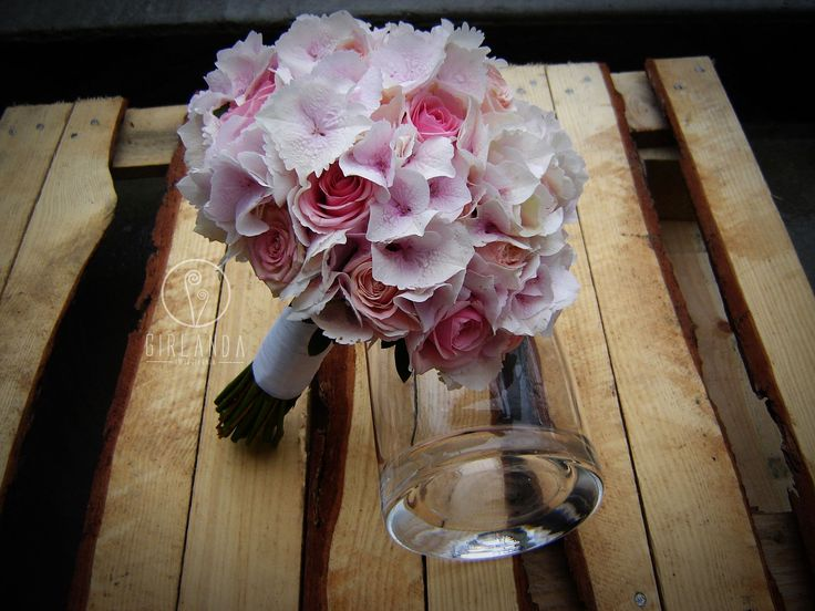 Wedding bouquet with Hydrangea and Roses.This bridal bouquet is in pastel, pink color. By Kwiaciarnia Girlanda Białystok.