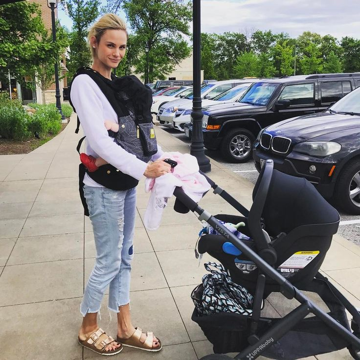 Meghan King Edmonds is crushing mom life with the Jake MESA and VISTA Performance Travel System!