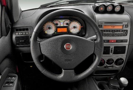 Fiat Palio Adventure Locker
