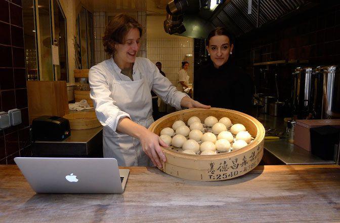 Restaurant Boutique Yam'Tcha, 4, rue Sauval Paris 75001. Envie : Chinois, Lèche-doigts. Les plus : Take-away, Manger seul .