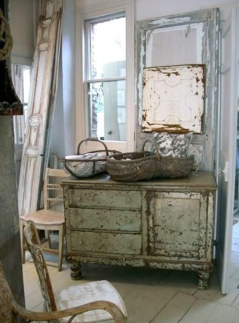 brocante en brocante meubels bij de Annie Sloan krijtverf specialist