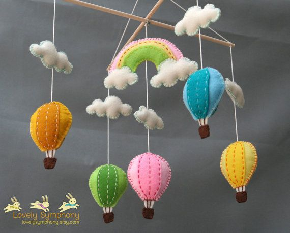 Hot air balloons hanging mobile - Balloons baby mobile- colorful balloons mobile - balloons and rainbow