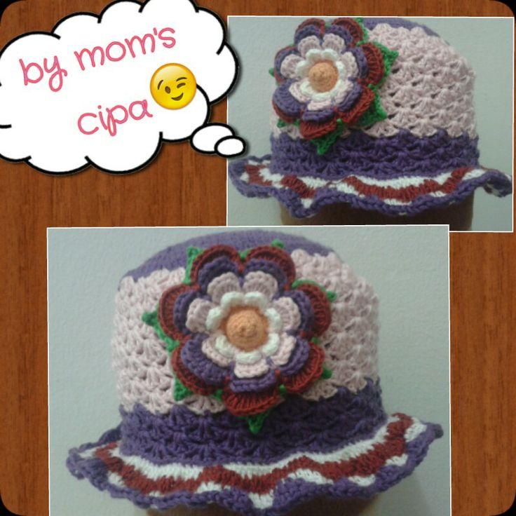 Flower baby hat shell pattern