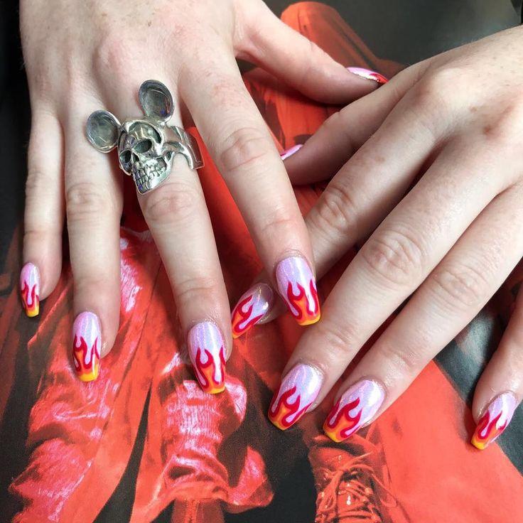 Pin By Daisy On C L A W S In 2019 Gel Nails Gel Nail Designs Nail Designs