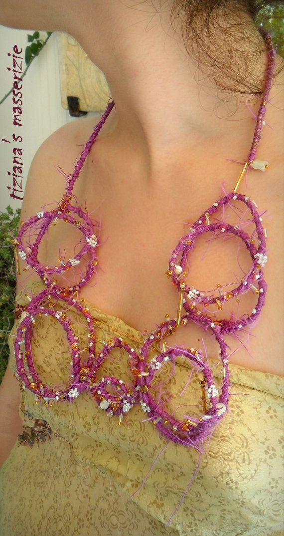 Collana tessile in fibra di cotone e seta  di TizianaSmasserizie