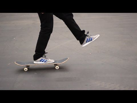 HOW TO SKATEBOARD FOR BEGINNERS - YouTube