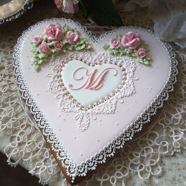 Gingerbread keepsake cookies, birthday cookies, mothers day cookies, anniversary cookies, heart, lace roses and pearls cookies
