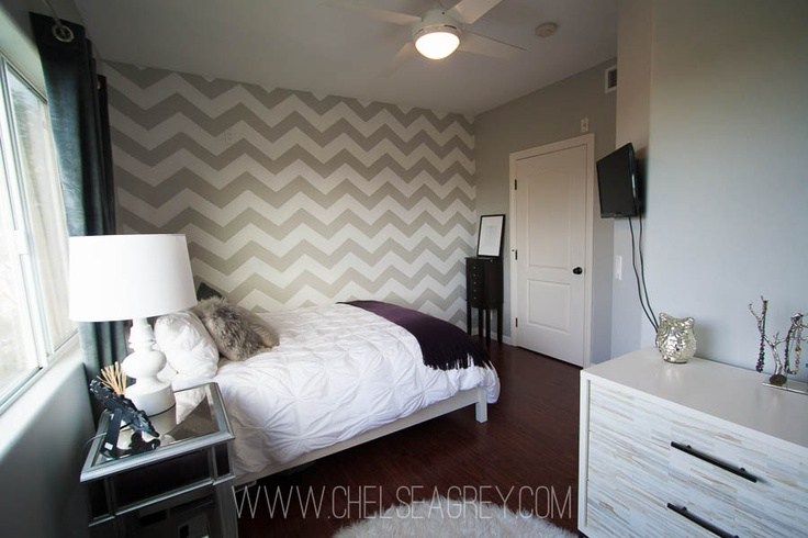 Love this room. Wonder if theres chevron wallpaper ? Chevron bedroom. Gray and purple