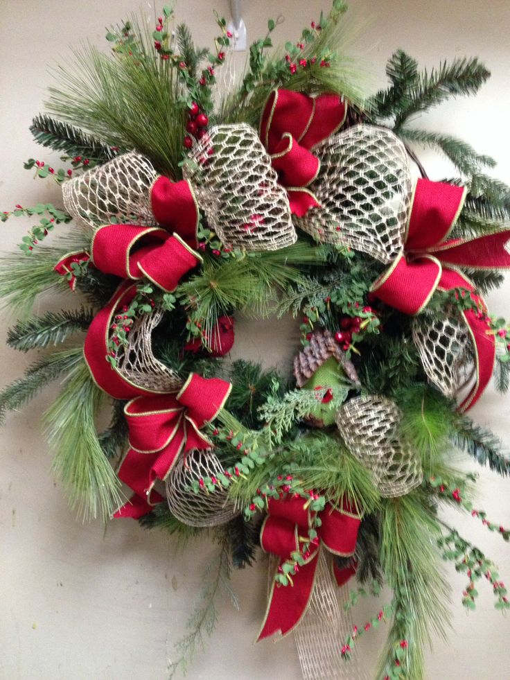Wreath in country christmas room christmas wreaths pinterest christmas red and country - Admirable christmas wreath decorating ideas to welcome the december ...