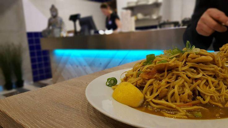 Quick launch with @citybikeprague  in Modrý zub in #thaifood
