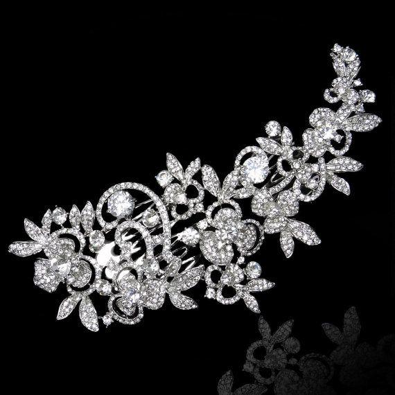 Luxury Wedding Flower Rhinestone Hair Comb por Voguejewelry4u, $31.99