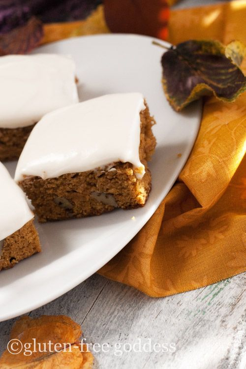New pumpkin bars with vegan cream cheese icing. And a secret ingredient. Or two. Quinoa flakes. And coconut flour.: Cheese Ice, Spicy Pumpkin, Vegans Cream, Pumpkin Bars, Gluten Free Pumpkin, Gluten Fre Pumpkin, Bar Recipes, Secret Ingredients, Cream Cheeses