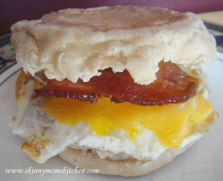 Bacon, Egg and Cheese Breakfast Sandwich from Organize Yourself Skinny. www.organizeyourselfskinny.com