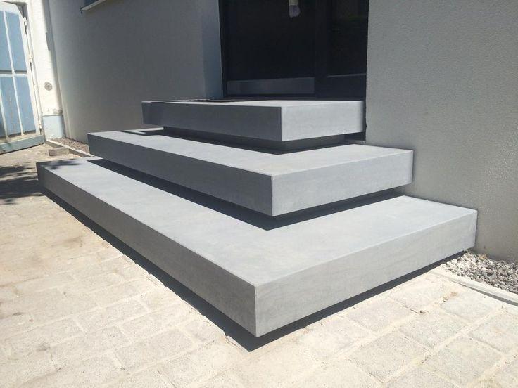 betontreppe eingang betontreppe betondesign und beton design. Black Bedroom Furniture Sets. Home Design Ideas