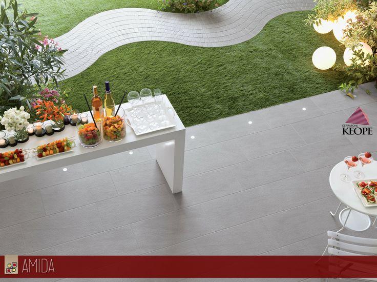 Per un esterno elegante e moderno, il pavimento unik di keope, con led integrati per l'illuminazione notturna! Scopri di più in sede