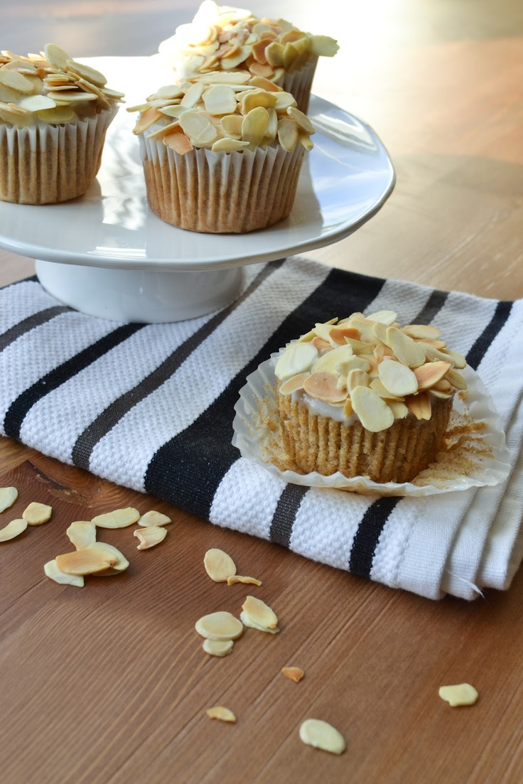 Sweet Almond Cupcakes