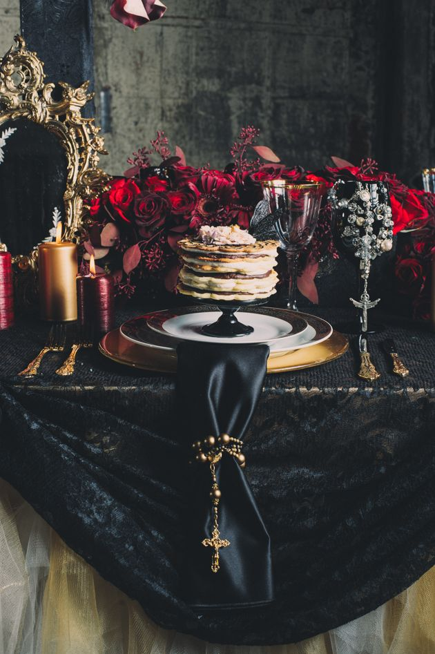 Table Detail. mcqueen wedding inspired. Photography by Mango Studios.