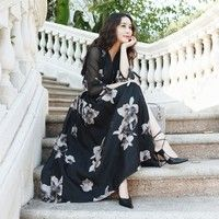 Elegant flower pattern dress  nipped waists V collar bubble sleeve all-match $40 free ship