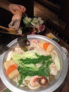 博多区店屋町にあるうどんすきの博多 大福に行きました() 秘伝のだしはさっぱりしていて生姜やもみじおろしの薬味と相性抜群です季節の野菜もたっぷり食べられ冬だけでなく時々食べたくなります tags[福岡県]