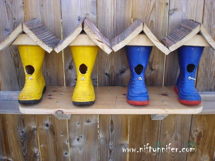 Rubber Boots Repurposed Into Cute Birdhouses #Birdhouse, #DIY, #Repurposed