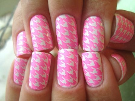 "I'll call this ""Pink Houndstooth""-------pinned by Annacabella"
