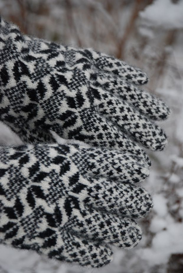 434 best Stranded Mittens images on Pinterest   Knit mittens, Knit ...