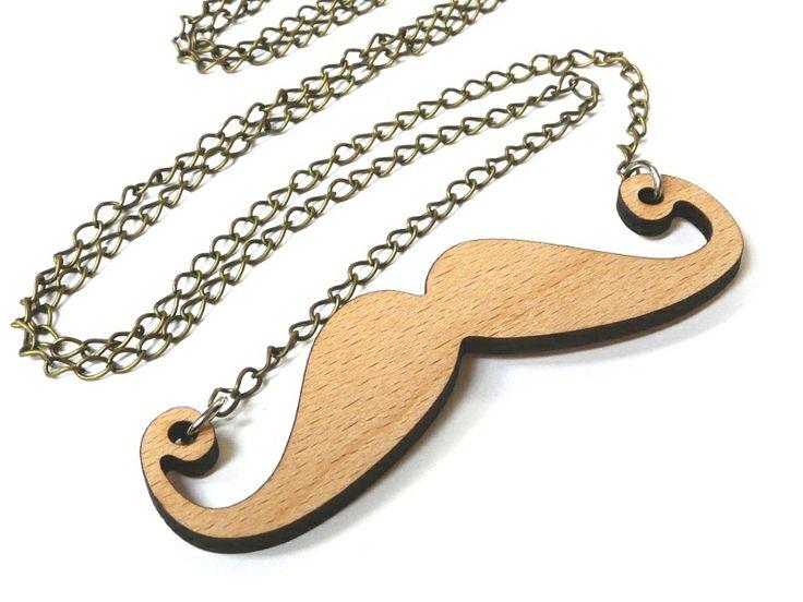 Halskette Mr. Mustache Holz-Anhänger Schnurrbart von Silwarin auf DaWanda.com