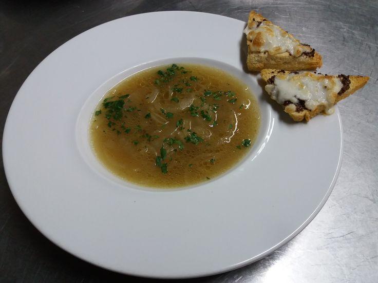 Sopa de Cebola à Francesa