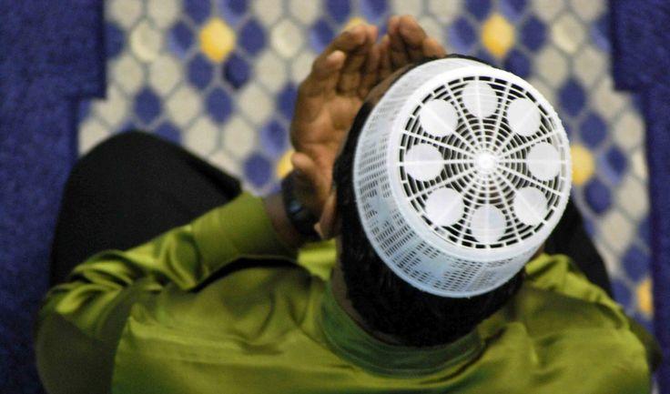 Last 10 Nights of Ramadan and Laylat Al-Qadr... How to take advantage! | About Islam