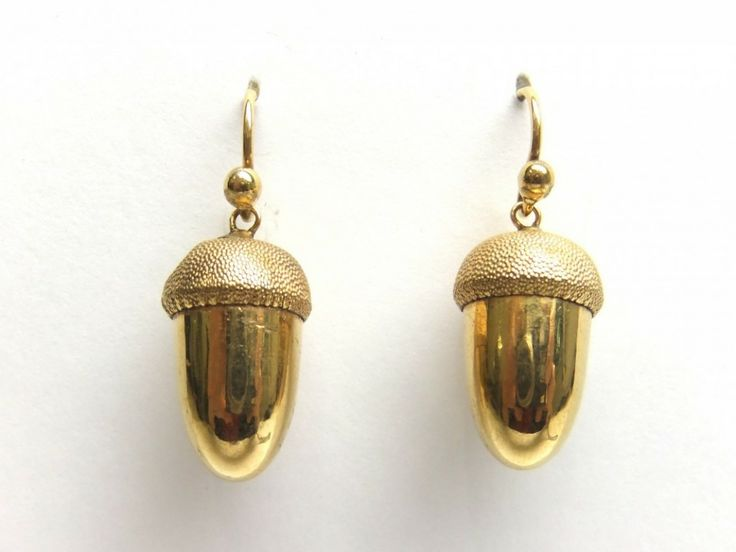 Victorian Gold Acorn earrings