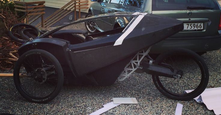 Reversed trike, electric assisted, full carbon fiber, prototype