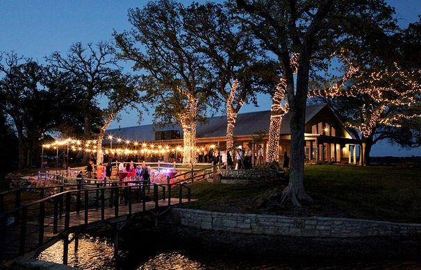 DFW Metroplex Texas Ranch Wedding Venue -- The Oak Water Ranch in Granbury