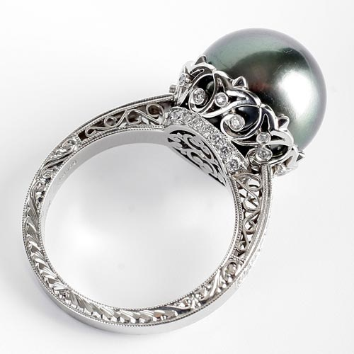 Michael Beaudry grey pearl ring.: Black Pearls Rings, Pearl Rings, Band, Diamonds Rings, Beaudri Pearls, Wedding Rings, White Gold, Tahitian Pearls, Engagement Rings