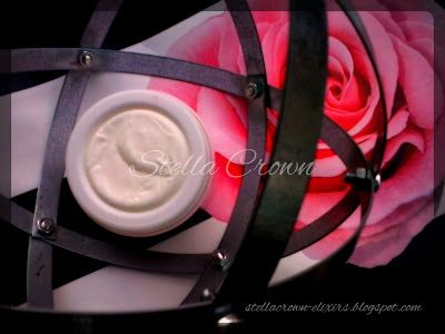 Stella Crown: Αντιγηραντική κρέμα προσώπου Μαστίχα- Τριαντάφυλλο #DIY #diy Φτιάξ' τη μόνη σου!