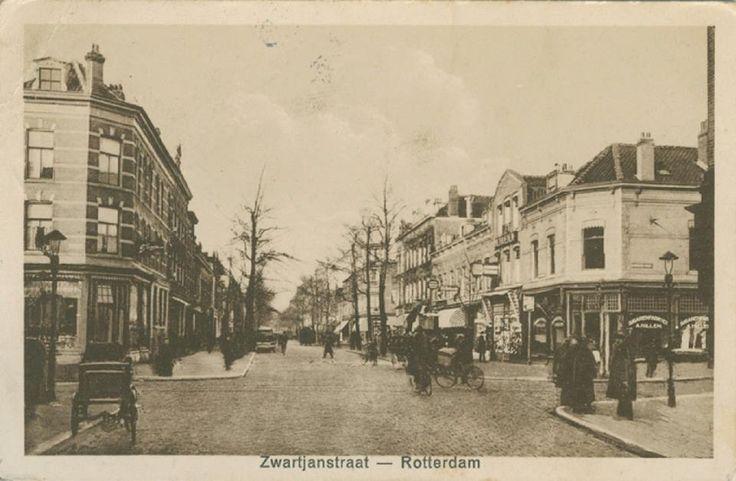 De Zwart Janstraat in 1920.