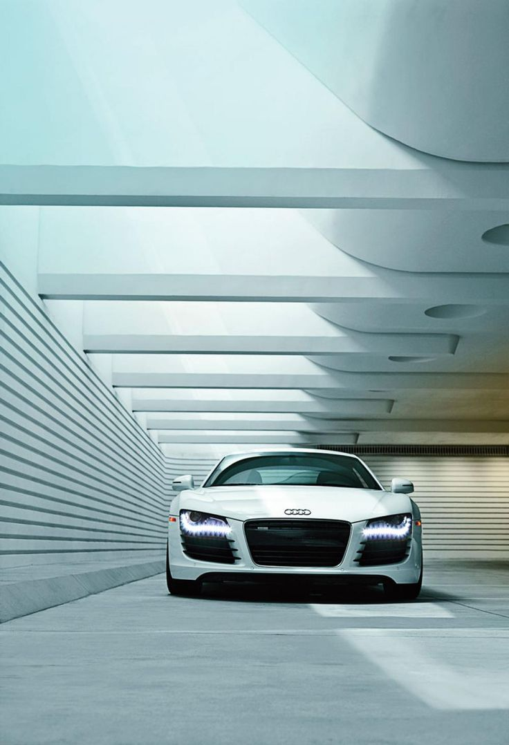 Audi R8..yes! Luxury Classic Sports Cars